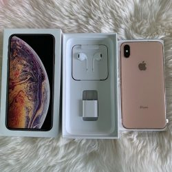 Apple iPhone XS Max..