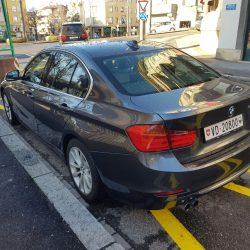BMW 328i Luxury Line (1)